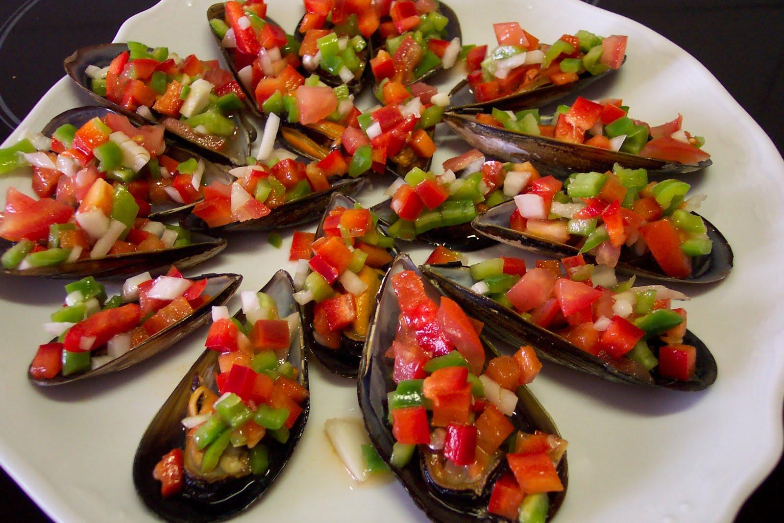 Camarero una de mejillones o noso mar for Como cocinar conchas finas
